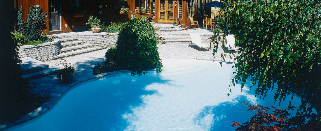 Montreal Swimming Pool Landscaping